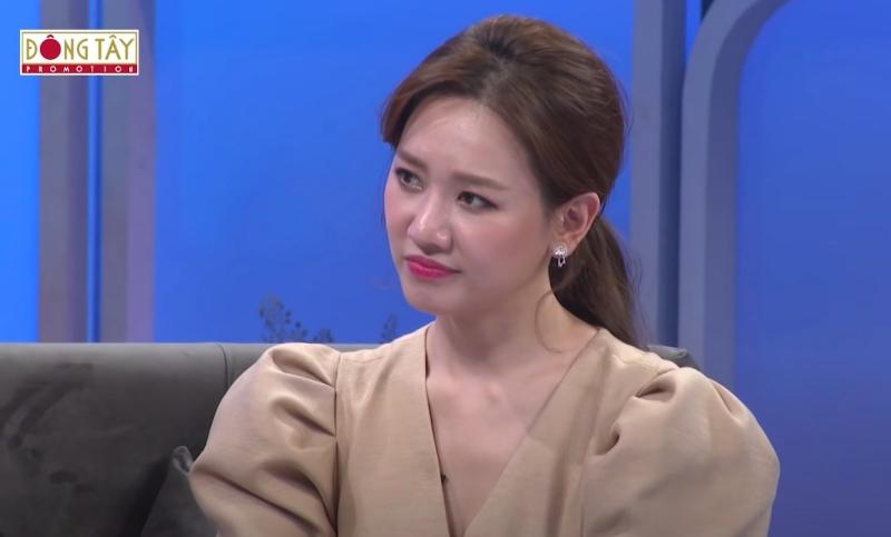 Khi nghe mẹ nói như vậy, Hari Won mới chợt nhận ra mình cần phải thay đổi suy nghĩ.