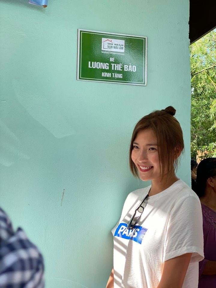 Thúy Diễm đã ủng hộ 20 triệu đồng và đứng ra kêu gọi ủng hộ để trao tận tay người dân miền Trung. Cô thông báo sẽ trực tiếp ra tận miền Trung để trao quà và tiền đến với người dân nơi đây.