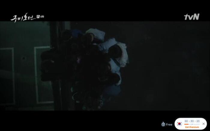 'Bạn trai tôi là hồ ly' tập 4: Lee Dong Wook vượt 18 tầng địa ngục để cứu người tình? 28