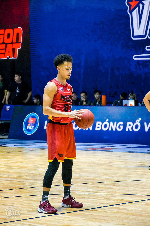 Loạt khoảnh khắc tỏa sáng của Christian Juzang trong ngày 'debut' ở đội hình Saigon Heat 13