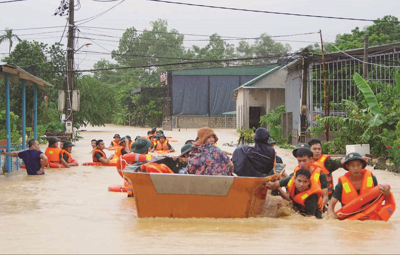 Cầu thủ Phạm Xuân Mạnh kêu gọi quyên góp, chung tay ủng hộ người dân miền Trung 0