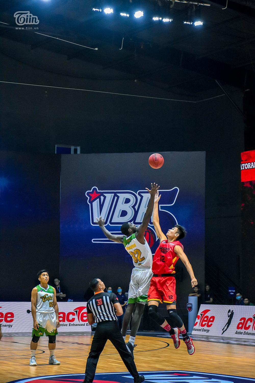 Photo Story: Saigon Heat thắng đậm Cantho Catfish trong trận 'tái đấu' 1