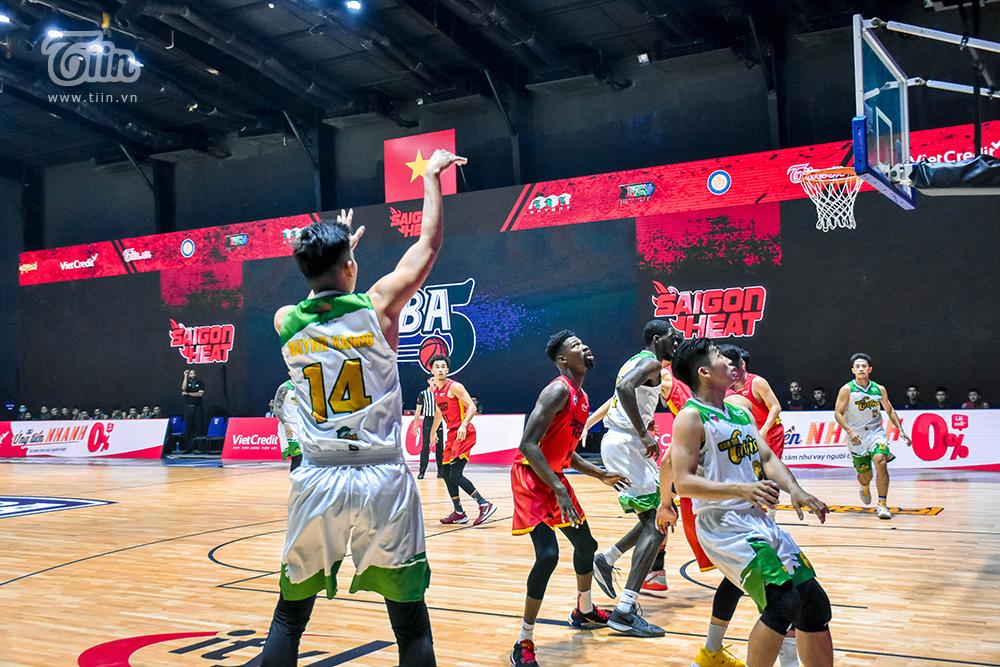 Photo Story: Saigon Heat thắng đậm Cantho Catfish trong trận 'tái đấu' 3