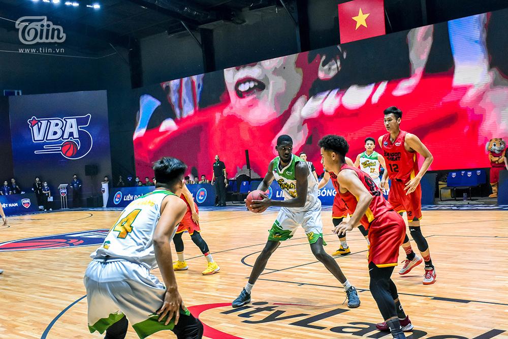 Photo Story: Saigon Heat thắng đậm Cantho Catfish trong trận 'tái đấu' 5