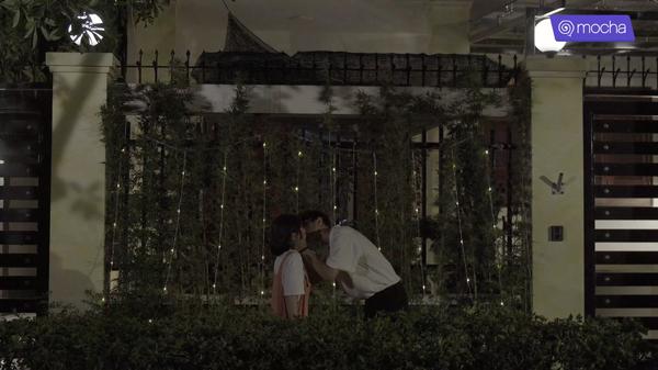 'Bạn học tôi là bố' tập 15: Chẳng cần tỏ tình, Tùng Sơn chớp ngay cơ hội hôn 'crush' 12