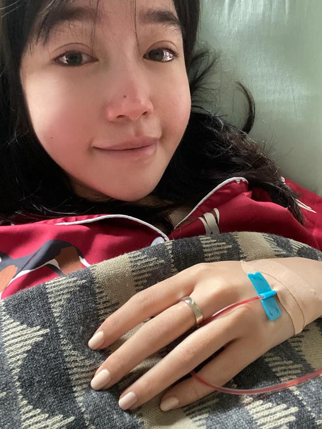 Elly Trần khiến người hâm mộ lo lắng khi tiết lộ đang bị trầm cảm phải điều trị bằng thuốc liều cao 2