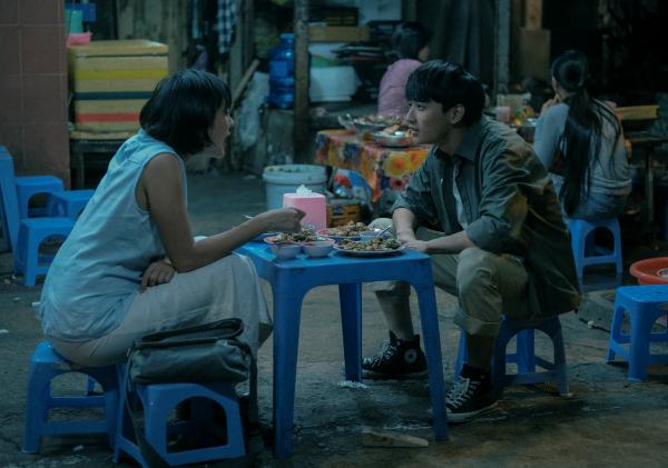 'Sài Gòn trong cơn mưa' tung trailer chính thức, hé lộ những thước phim căng thẳng 4