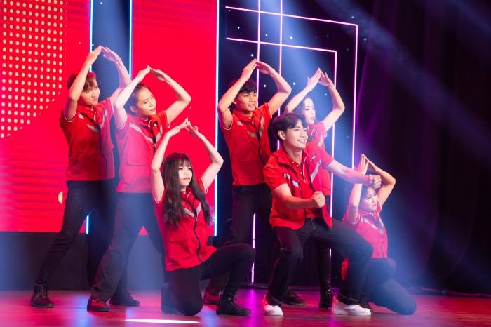 Quang Đăng hội ngộ Ngô Kiến Huy, Bảo Anh,biểu diễn Bigcityboi cực 'cháy' 3