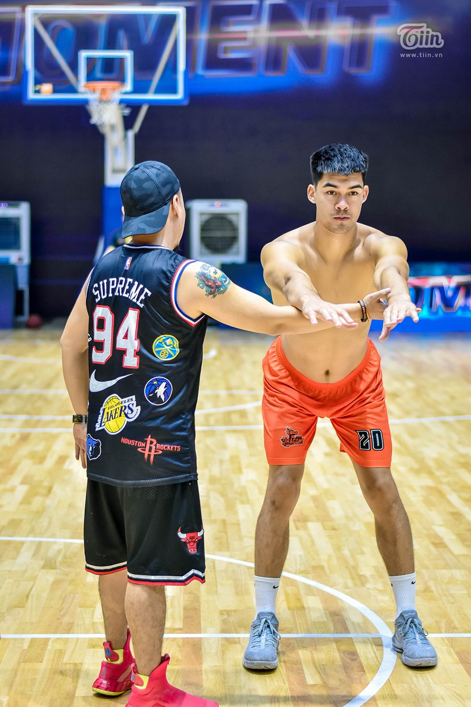 Năm nay, Danang Dragons có 2 nhân tố được kì vọng, một trong số đó là Chris Dierker - cầu thủ người Mỹ gốc Việt, từng thi đấu cho đội vào năm 2018.