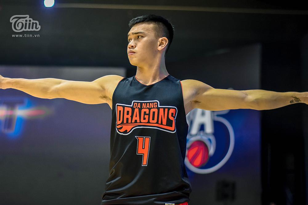 Đội hình bóng rổ Danang Dragons tập luyện căng thẳng sẵn sàng để 'Rồng thức giấc' 15