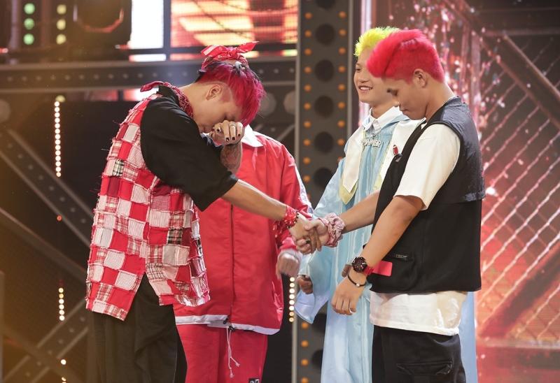 Vpop tuần qua: 'Rap Việt' bị nghi ưu ái team Binz, K-ICM khiến dân tình 'ngán ngẩm' với chiêu quảng bá kỳ lạ 1