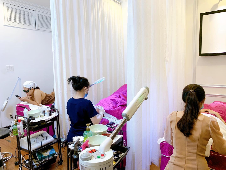 Hơn 1000 khách hàng tin tưởng khám và điều trị mỗi tháng tại Vy Paris Boutique 3