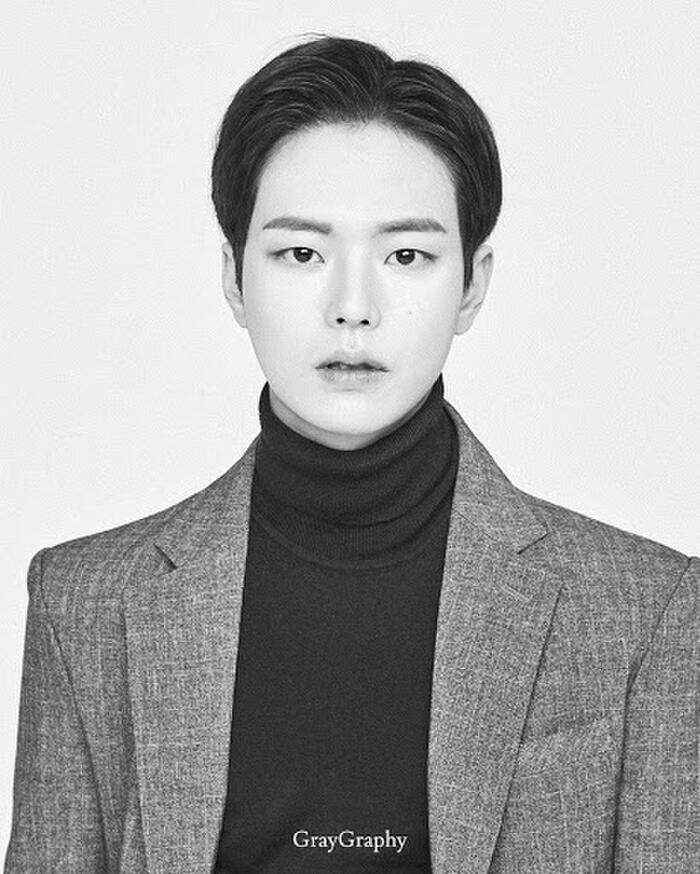 Tiết lộ 7 diễn viên thủ vai BTS trong phim của biên kịch 'Cô nàng cử tạ Kim Bok Joo': Suga là sát nhân, hoàn lương khi gặp Jungkook? 21