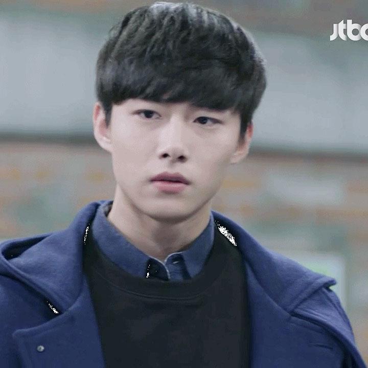 Tiết lộ 7 diễn viên thủ vai BTS trong phim của biên kịch 'Cô nàng cử tạ Kim Bok Joo': Suga là sát nhân, hoàn lương khi gặp Jungkook? 8