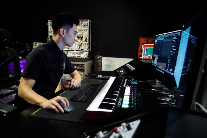 Touliver - Rhymastic - SlimV - Tín Lê: Bộ tứ đứng sauhàng trăm bản beat xịn xò của Rap Việt 4