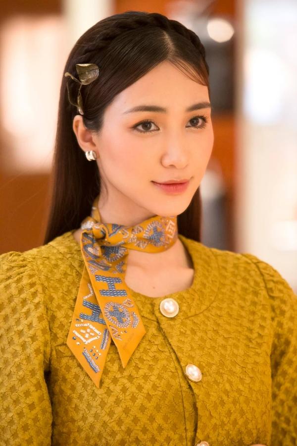 Sau đó Hòa Minzy cũng thông báo thai phụ đã được đưa đến bệnh viện và cấp cứu thành công.