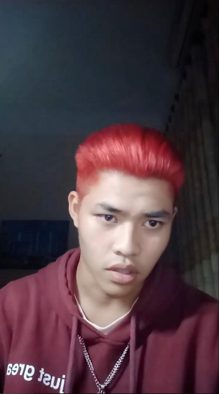 Lên livestream khẳng định Pháo không phải người thứ ba, Tez (Rap Việt) bị tố là bad boy 1
