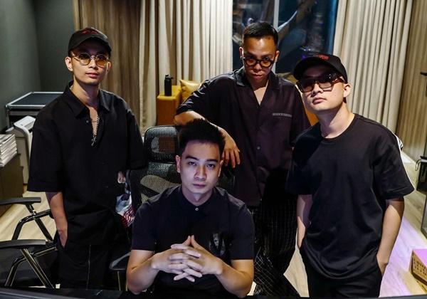 Bộ tứ 'phù thủy âm nhạc' Rap Việt: Touliver - Rhymastic - Tín Lê - SlimV