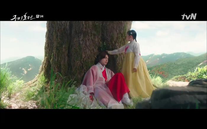 'Bạn trai tôi là hồ ly' tập 5: Lee Dong Wook hôn Jo Bo Ah say đắm, xác nhận chuyện tình tiền kiếp 12