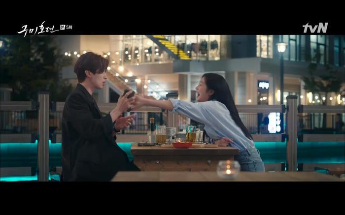 'Bạn trai tôi là hồ ly' tập 5: Lee Dong Wook hôn Jo Bo Ah say đắm, xác nhận chuyện tình tiền kiếp 29