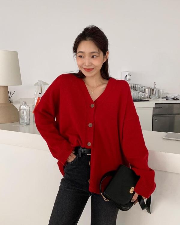 Để có style mùa lạnh chuẩn như gái Hàn, đây là 7 item mà các nàng không thể bỏ lỡ 4