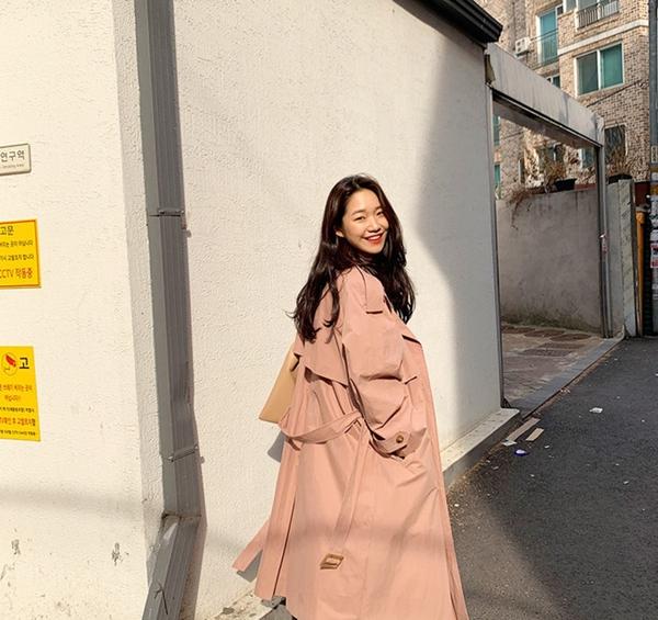 Để có style mùa lạnh chuẩn như gái Hàn, đây là 7 item mà các nàng không thể bỏ lỡ 6