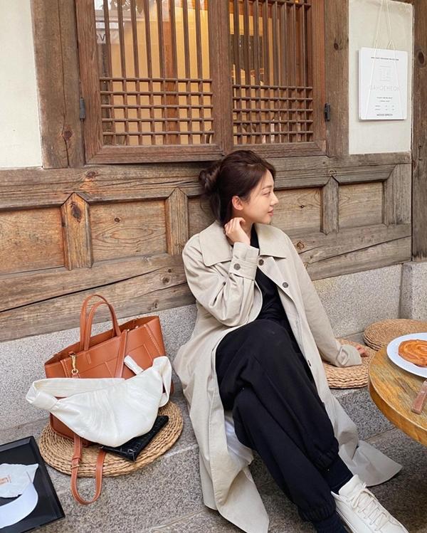 Để có style mùa lạnh chuẩn như gái Hàn, đây là 7 item mà các nàng không thể bỏ lỡ 10