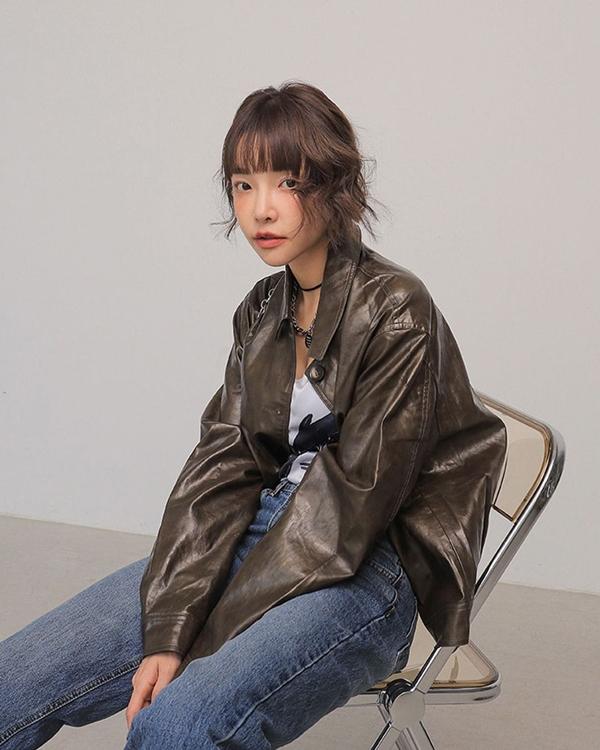 Để có style mùa lạnh chuẩn như gái Hàn, đây là 7 item mà các nàng không thể bỏ lỡ 18