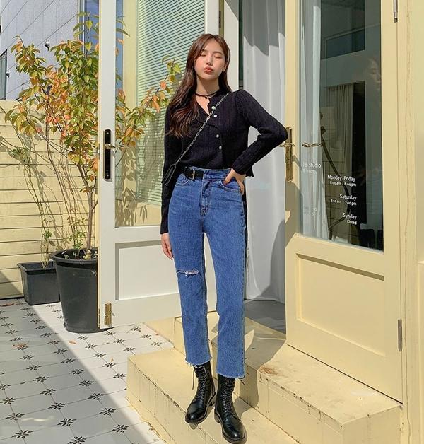 Để có style mùa lạnh chuẩn như gái Hàn, đây là 7 item mà các nàng không thể bỏ lỡ 23