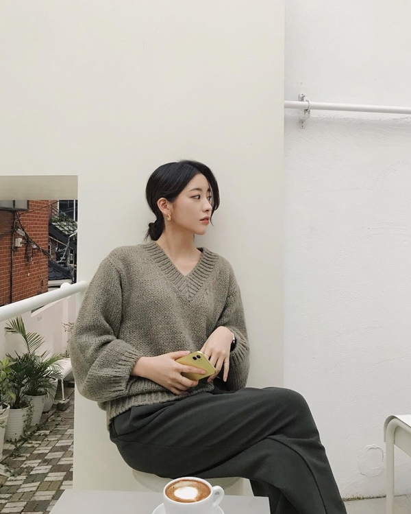 Để có style mùa lạnh chuẩn như gái Hàn, đây là 7 item mà các nàng không thể bỏ lỡ 24