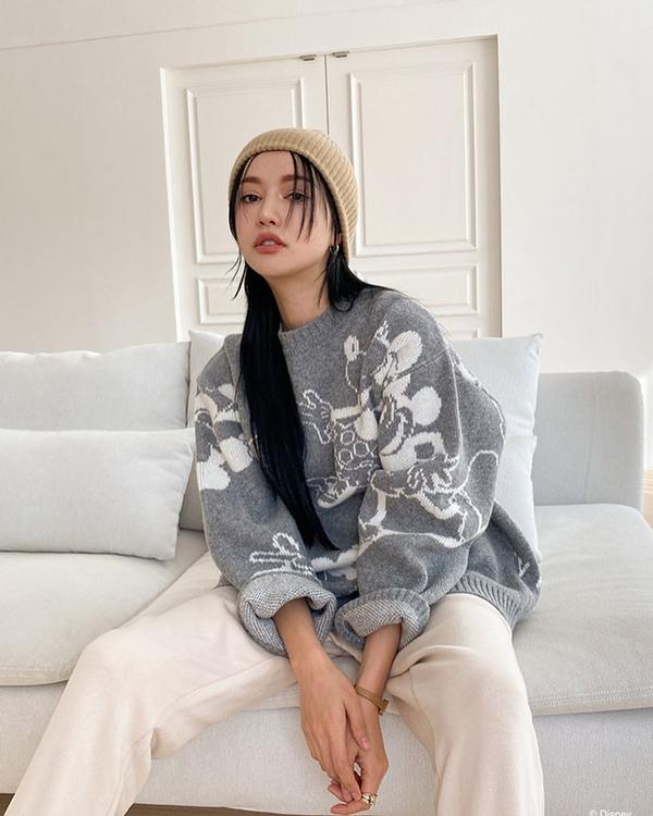 Để có style mùa lạnh chuẩn như gái Hàn, đây là 7 item mà các nàng không thể bỏ lỡ 27
