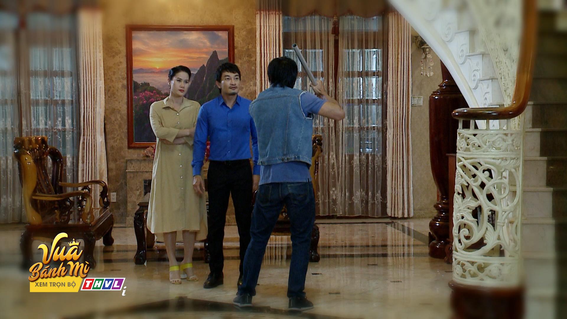 'Vua bánh mì' tập 26: 'Không ai cho lương thiện', Hữu Nguyệnleo rào đột nhập nhà bà Khuê để trả thù 6