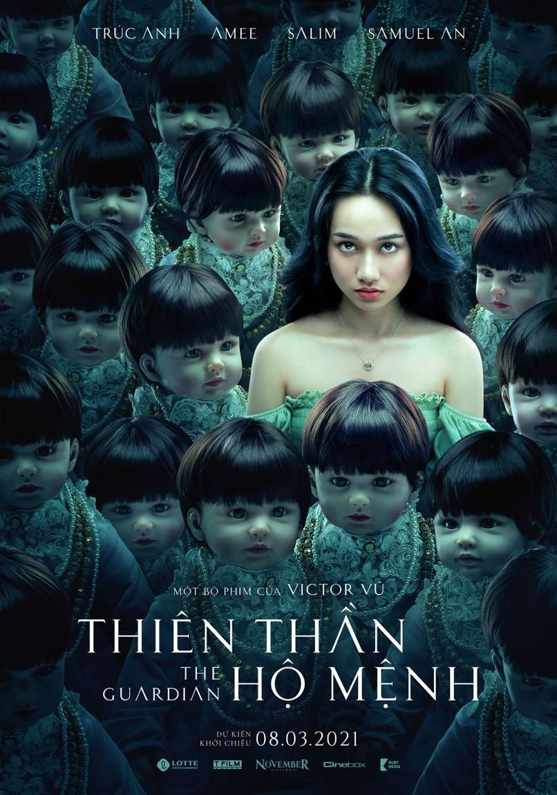 Teaser poster hé lộ hình ảnh Trúc Anh với biểu cảm kỳ lạ giữa dàn búp bê ma quái.