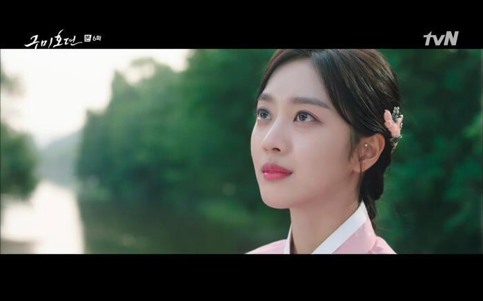 'Bạn trai tôi là hồ ly' tập 6: Lee Dong Wook ngỡ ngàng vì Jo Bo Ah là con gái của mãng xà tinh? 2