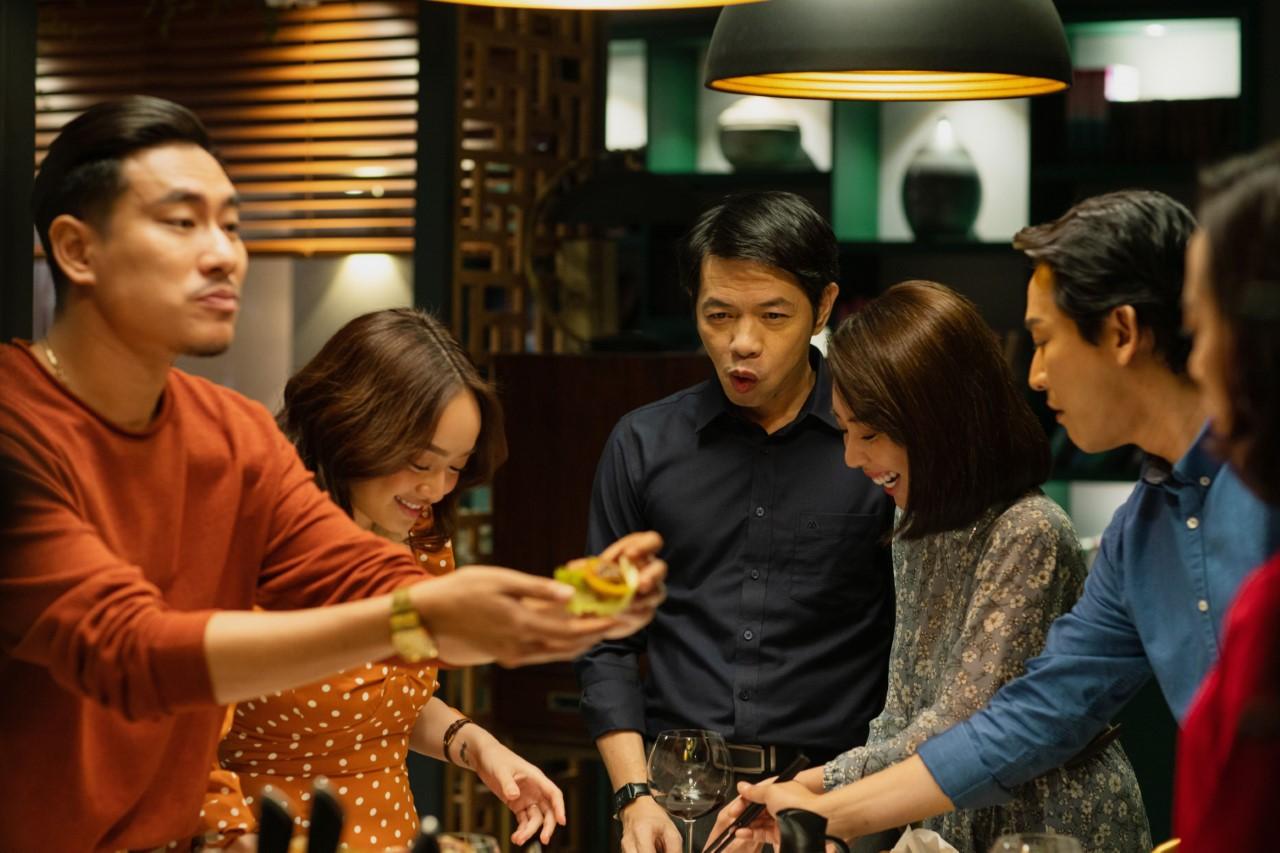 Màn ảnh Việt không thiếu hội bạn thân lầy lội nhưng tất cả đều 'tắt điện' trước team tri kỉ 'giả trân' của 'Tiệc trăng máu' 13