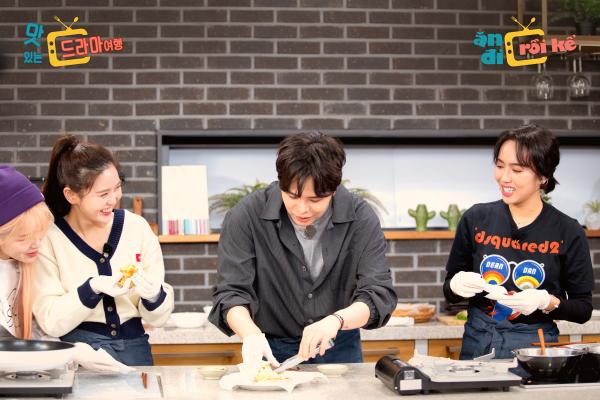 Báo Hàn đồng loạt đưa tin về TV-Show có nghệ sĩ Việt Nam - Hàn Quốc cùng tham gia 0