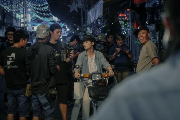 'Sài Gòn trong cơn mưa' công bố poster nhân vật, hé lộ dàn diễn viên trẻ cực chất 7