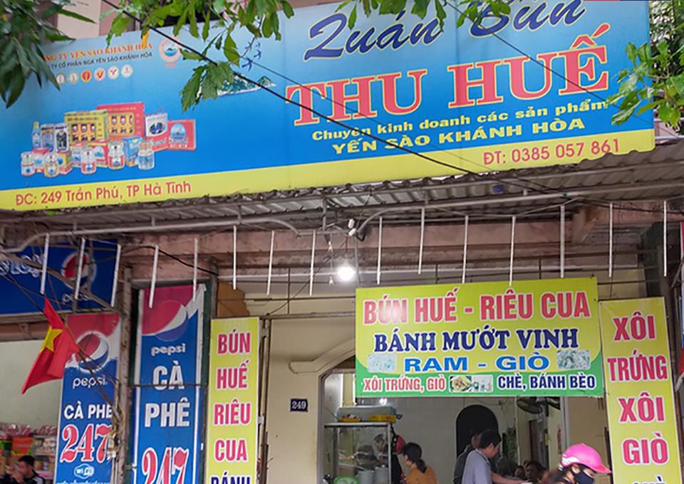 Quán bún Thu Huế ở Hà Tĩnh bị tố 'chặt chém' đoàn thiện nguyện.