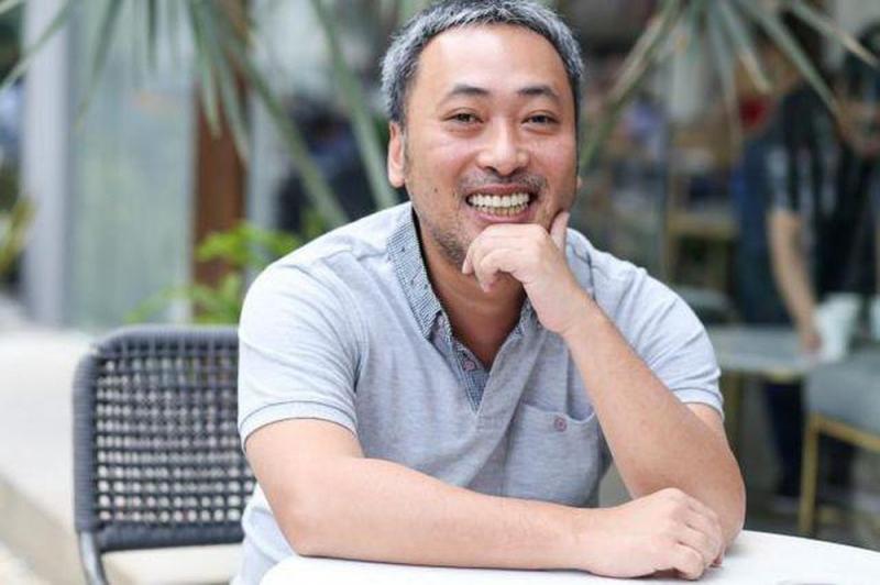 Đạo diễn Nguyễn Quang Dũng mong Tiin phát triển vững vàng trong tương lai.
