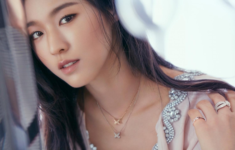 Thế nhưng cô nàng đã phải chịu làn sóng dữ dội từ dư luận quanh vụShin Jimin bắt nạt Kwon Mina