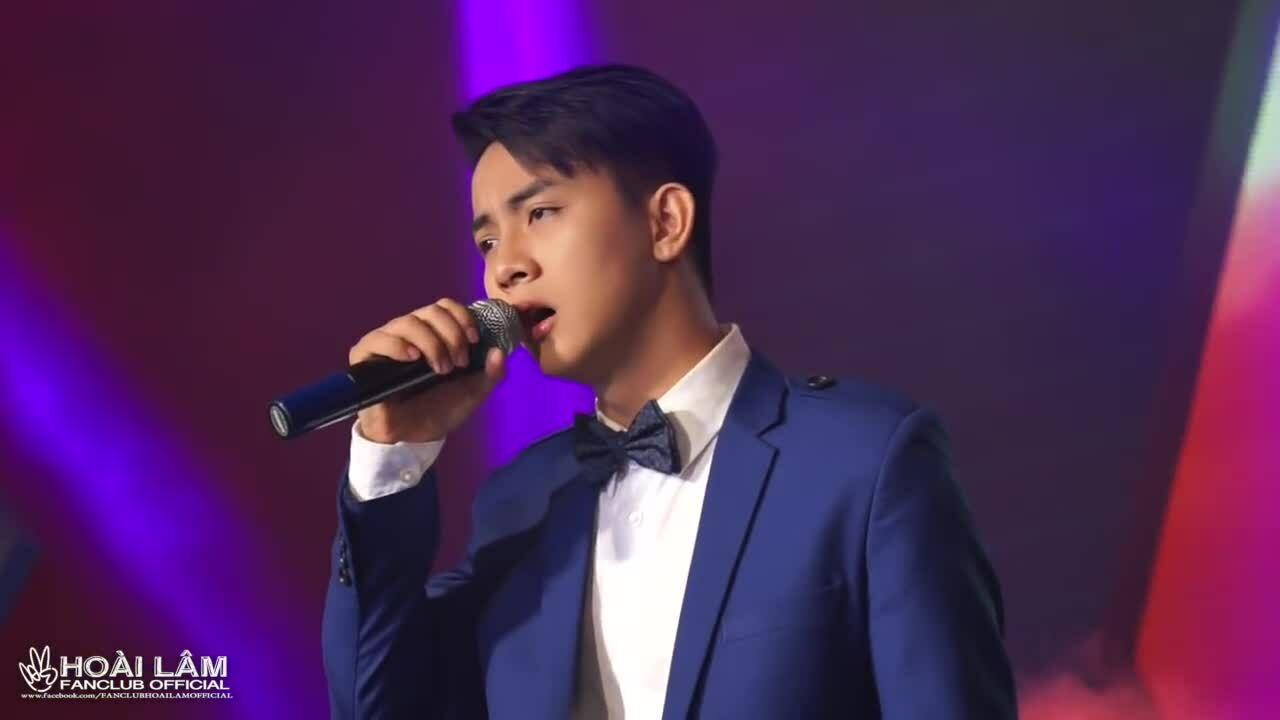 Khi nhắc đến cái tên Hoài Lâm, khán giả sẽ nhớ đến hình ảnh chàng hoàng tử nhạc trữ tình với những ca khúc sâu lắng, ngọt ngào