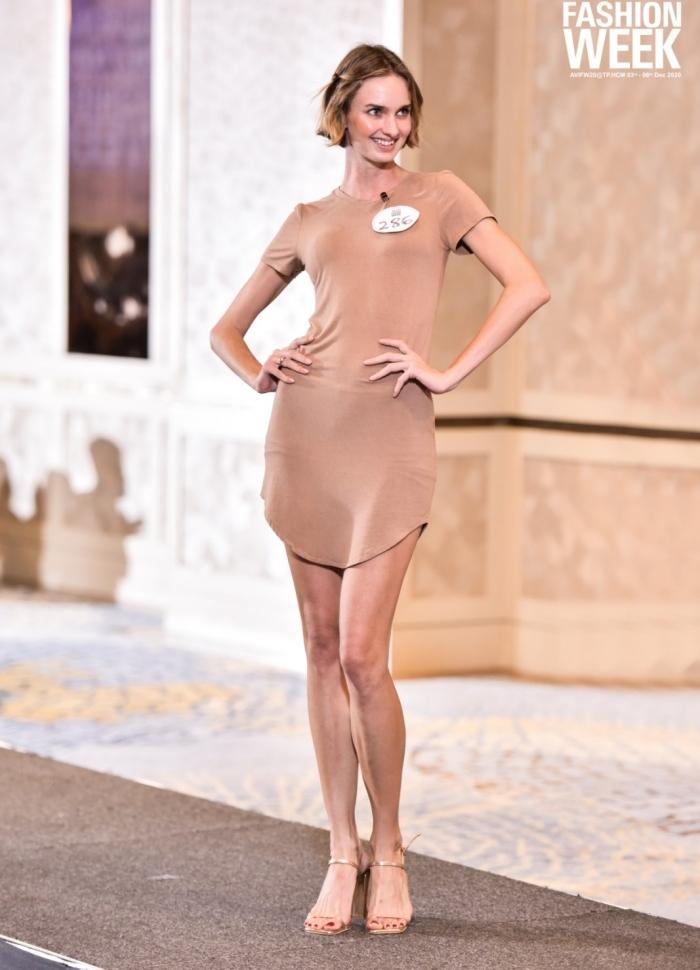 Người đẹp U40 catwalk 'chặt chém', dàn thí sinh LGBT mặc váy dạ hội 'khuấy động' buổi casting 10