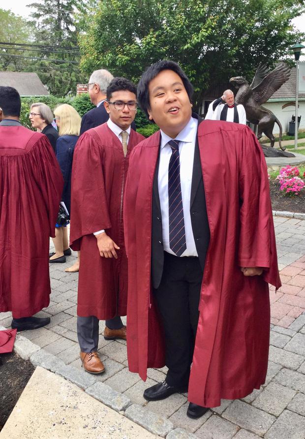 Đỗ Nhật Nam đã tốt nghiệp, năm nay bước sang tuổi 19rồi