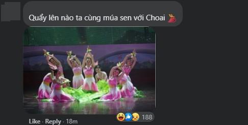 Và điệu múa sen quen thuộc đối với khán giả Việt Nam.