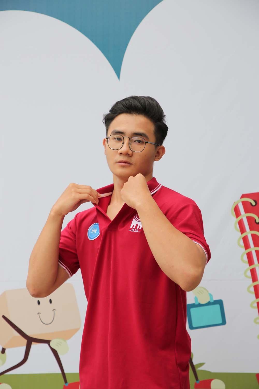 Bạn Hồng Quân - Tân sinh viên MAC vô cùng 'bồ kết' ngôi trường mà mình theo học
