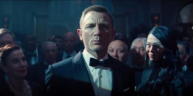Kế hoạch chuyển sang chiếu trực tuyến thay vì ra rạp được cho là nước đi mới nhất của 'No Time To Die' sau nhiều lần hoãn chiếu.