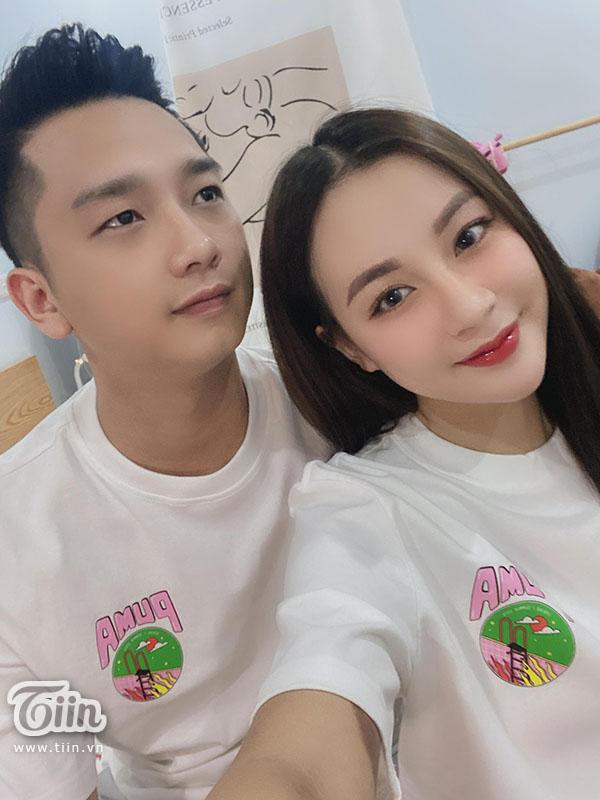 Cặp đôi Thành Nguyễn - Hà Uyên.