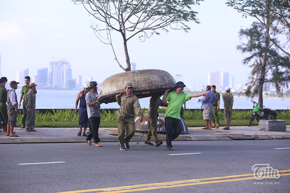 CHÍNH THỨC: Toàn bộ người lao động ở Đà Nẵng nghỉ làm để tránh 'siêu bão' số 9 1