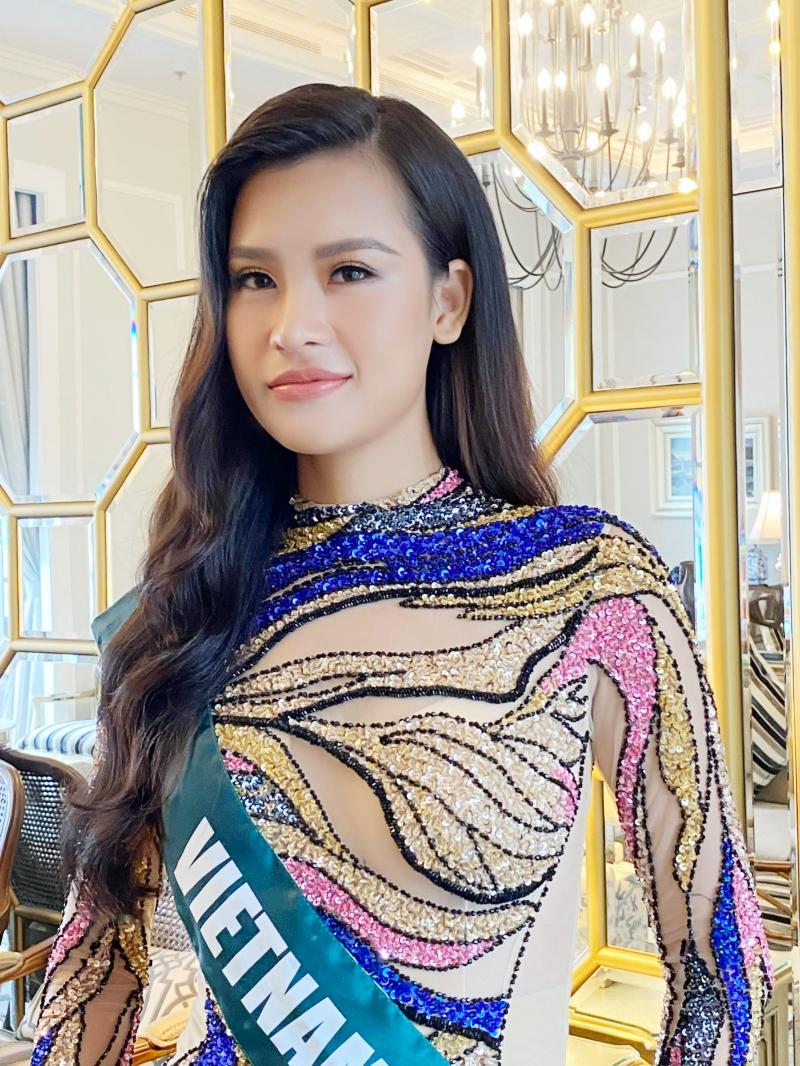 Váy xuyên thấu 'gây bão' của Thái Thị Hoa lọt top trang phục dạ hội đẹp nhất Miss Earth 2020 2