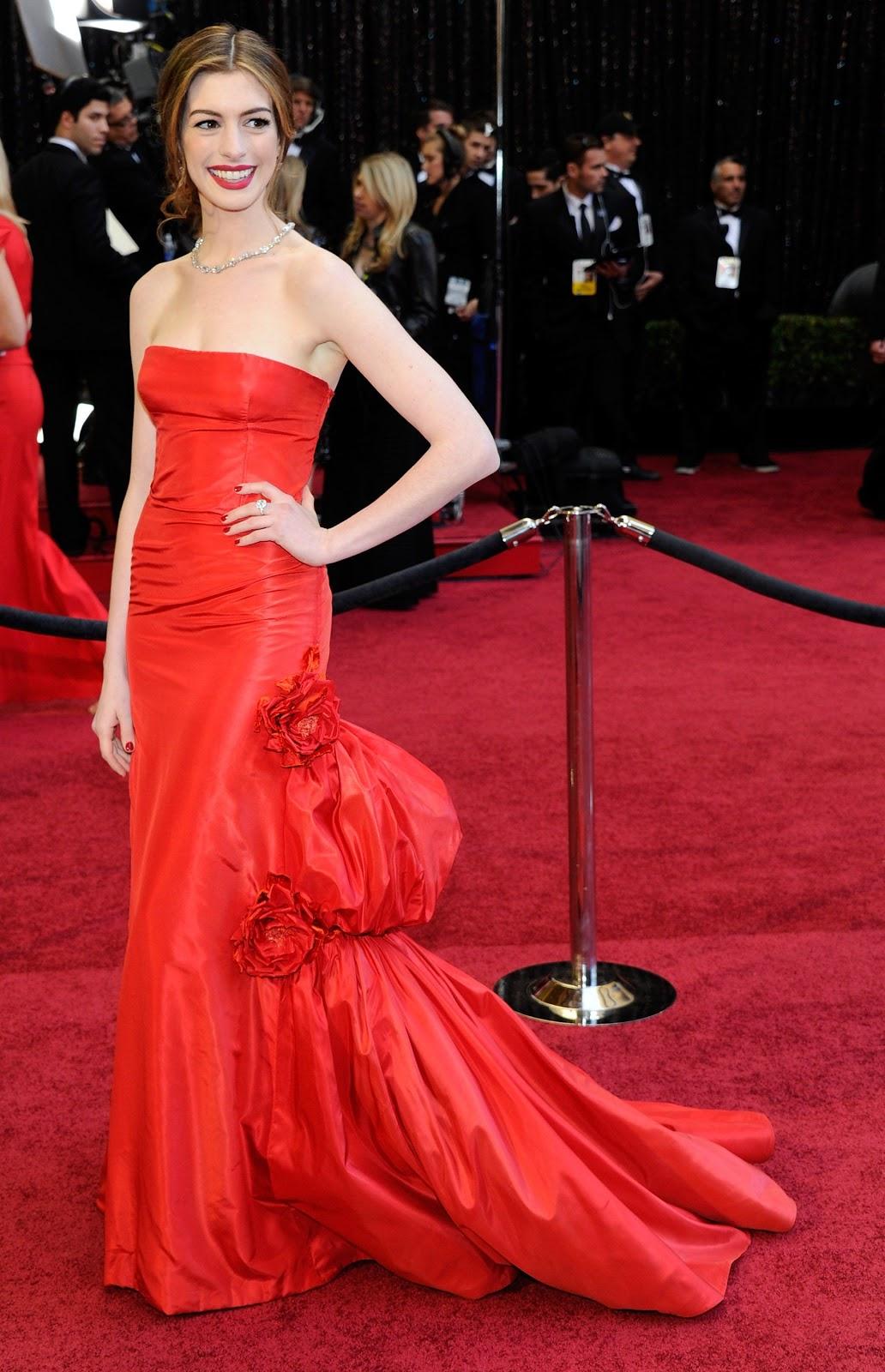 Vận thiết kế của Valentino trên sự kiện thảm đỏ. Ảnh: Robyn Beck